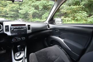 2010 Mitsubishi Outlander ES Naugatuck, Connecticut 18