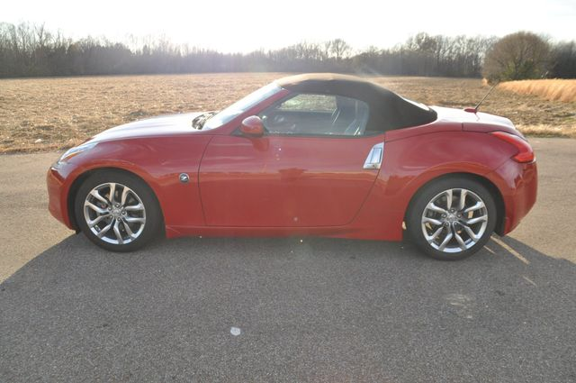 2010 Nissan 370Z Touring Collierville, Tennessee 1