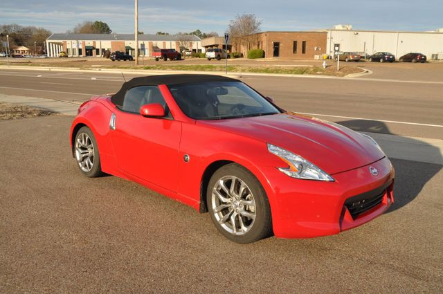 2010 Nissan 370Z Touring Collierville, Tennessee 4
