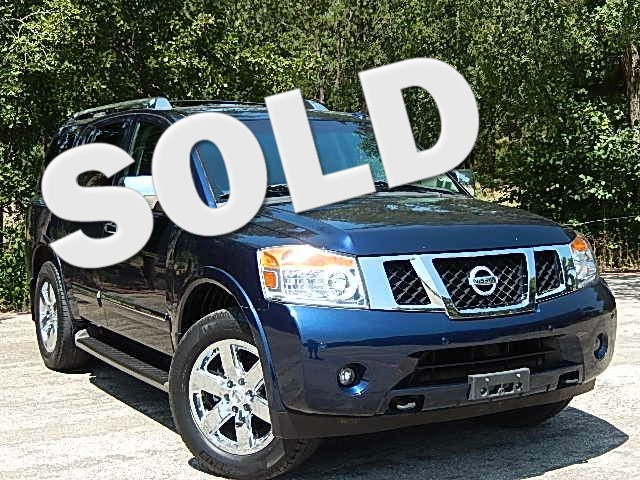 2010 Nissan Armada Platinum PLATINUM WITH NAVIGATION ROOF AND FACTORY ENTERTAINMENT Also equippe