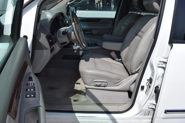 2010 Nissan Armada Platinum Richmond Hill, New York 14