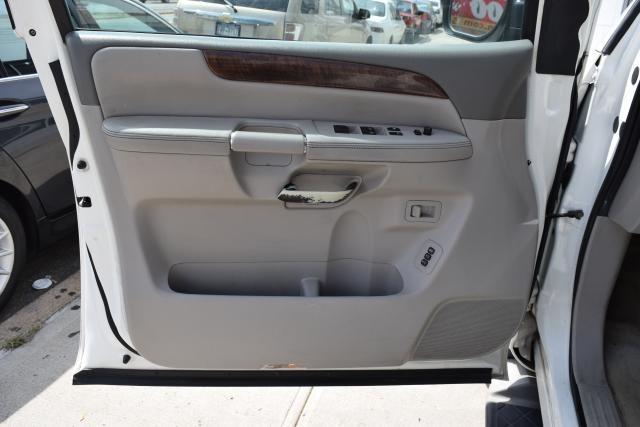 2010 Nissan Armada Platinum Richmond Hill, New York 9