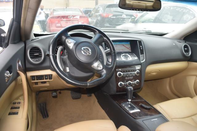 2010 Nissan Maxima 3.5 SV w/Premium Pkg Richmond Hill, New York 8