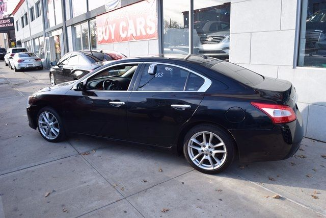 2010 Nissan Maxima 3.5 SV w/Premium Pkg Richmond Hill, New York 2