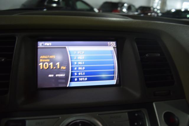 2010 Nissan Murano SL Richmond Hill, New York 13