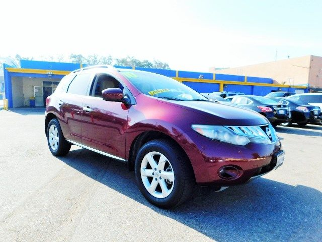 2010 Nissan Murano SL Limited warranty included to assure your worry-free purchase AutoCheck repo