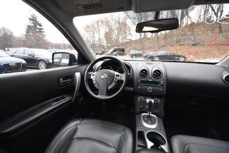 2010 Nissan Rogue SL Naugatuck, Connecticut 12