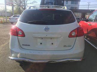 2010 Nissan Rogue SL New Brunswick, New Jersey 4