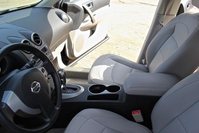 2010 Nissan Rogue S Reseda, CA 4