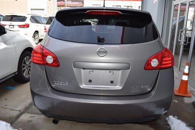 2010 Nissan Rogue S Richmond Hill, New York 4