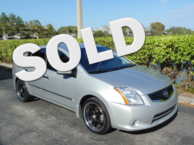 2010 Nissan Sentra 20 S This 2010 Nissan Sentra 20 is a 100 Carfax Guarantee vehicle SAVE ON