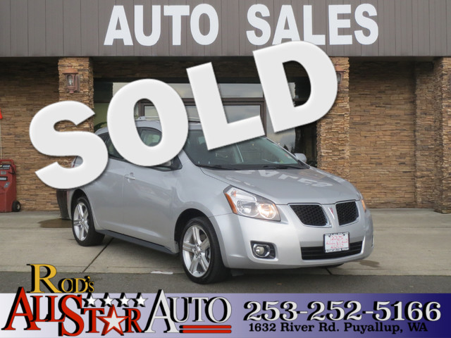 2010 Pontiac Vibe AWD If you dont already know the pontiac vibe is the Toyota matrix They diffe