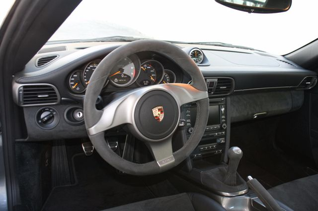 2010 Porsche 911 GT3 Houston, Texas 13
