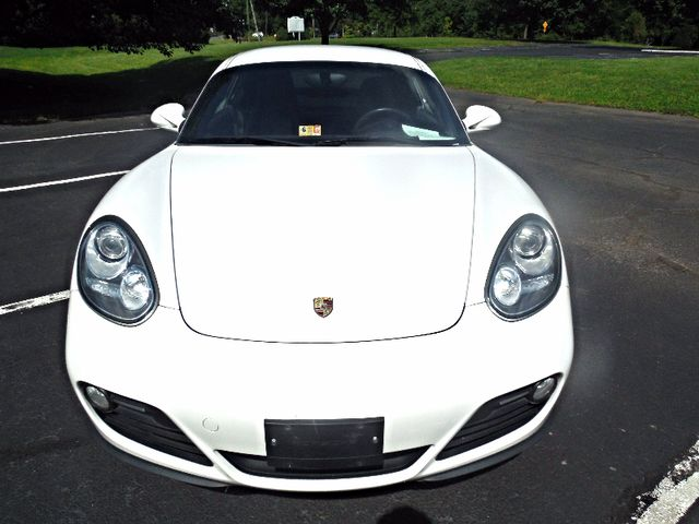 2010 Porsche Cayman Leesburg, Virginia 8
