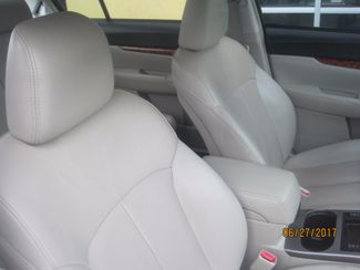 2010 Subaru Legacy Limited Pwr Moon Englewood, Colorado 14