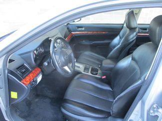 2010 Subaru Legacy Limited Pwr Moon Farmington, Minnesota 2