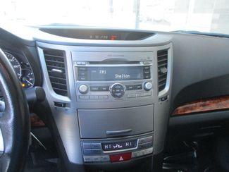 2010 Subaru Legacy Limited Pwr Moon Farmington, Minnesota 4