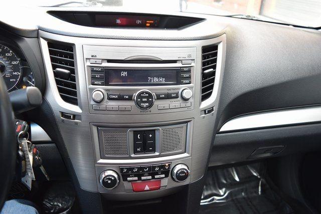 2010 Subaru Legacy Prem All-Weather Richmond Hill, New York 25