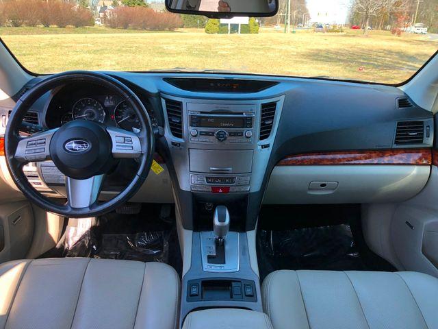 2010 Subaru Outback Ltd Leesburg, Virginia 14
