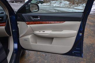 2010 Subaru Outback 3.6R Limited Naugatuck, Connecticut 8
