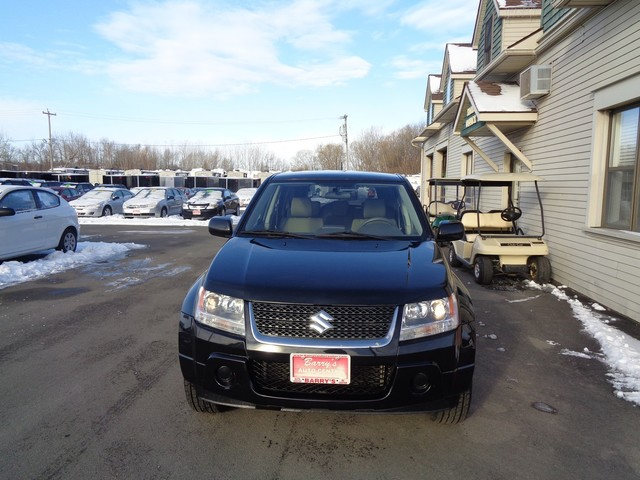 2010 Suzuki Grand Vitara Premium  city NY  Barrys Auto Center  in Brockport, NY