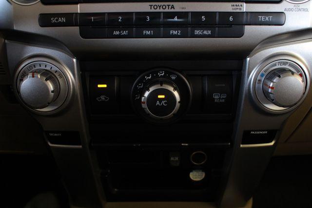 2010 Toyota 4Runner SR5 4WD - SUNROOF! Mooresville , NC 36