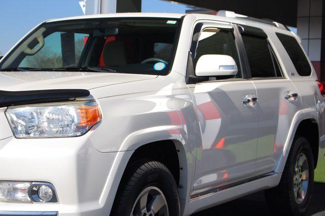 2010 Toyota 4Runner SR5 4WD - SUNROOF! Mooresville , NC 25