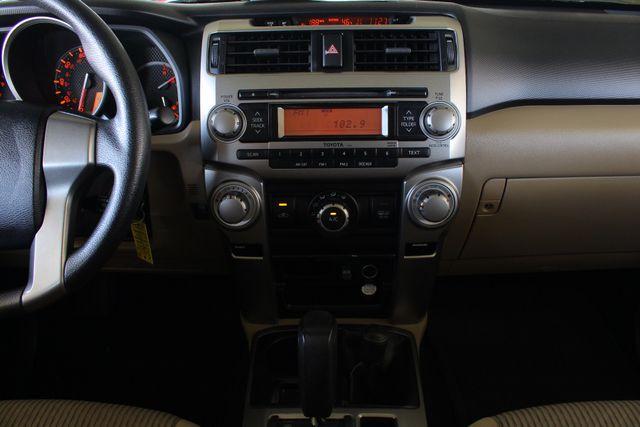 2010 Toyota 4Runner SR5 4WD - SUNROOF! Mooresville , NC 9