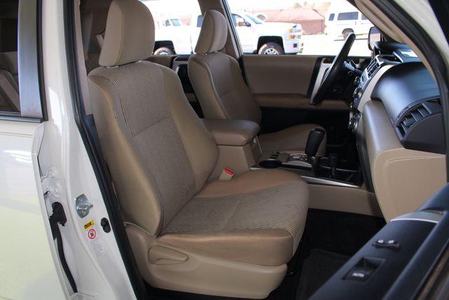 2010 Toyota 4Runner SR5 4WD - SUNROOF! Mooresville , NC 14