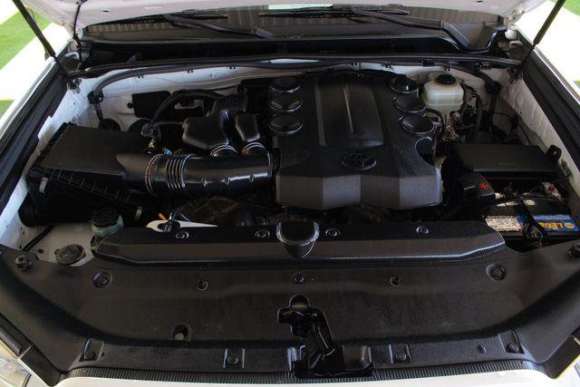 2010 Toyota 4Runner SR5 4WD - SUNROOF! Mooresville , NC 45