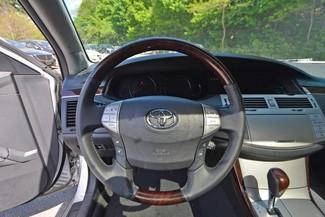 2010 Toyota Avalon Limited Naugatuck, Connecticut 19