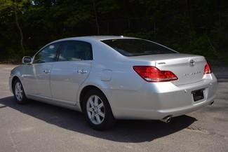 2010 Toyota Avalon Limited Naugatuck, Connecticut 2