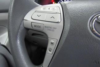 2010 Toyota Camry LE Chicago, Illinois 12