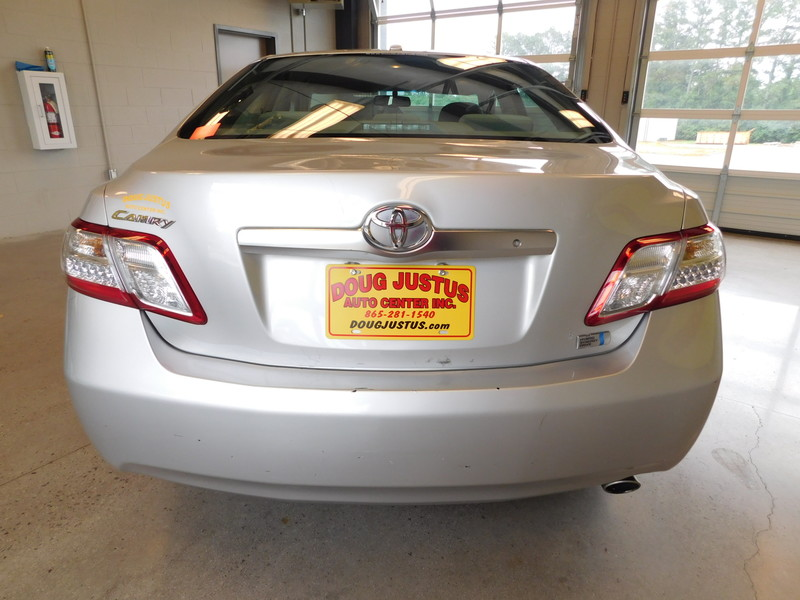 2010 Toyota Camry Hybrid   city TN  Doug Justus Auto Center Inc  in Airport Motor Mile ( Metro Knoxville ), TN