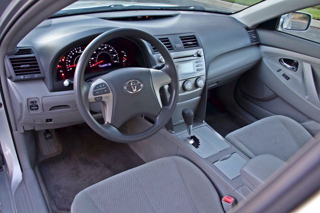 2010 Toyota CAMRY LE AUTOMATIC ONLY 44K  MLS CRUISE CONTROL SERVICE RECORDS Woodland Hills, CA 16