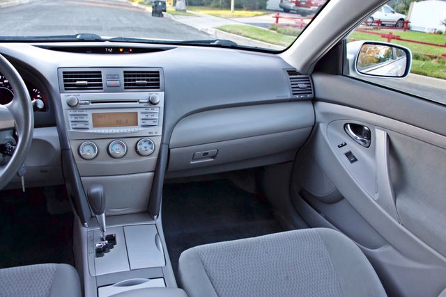 2010 Toyota CAMRY LE AUTOMATIC ONLY 44K  MLS CRUISE CONTROL SERVICE RECORDS Woodland Hills, CA 25