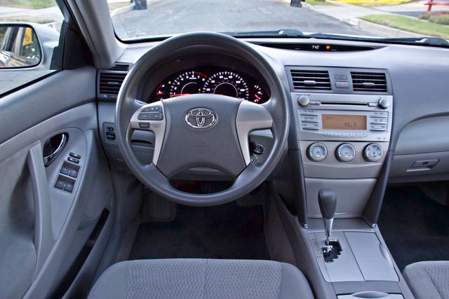 2010 Toyota CAMRY LE AUTOMATIC ONLY 44K  MLS CRUISE CONTROL SERVICE RECORDS Woodland Hills, CA 26