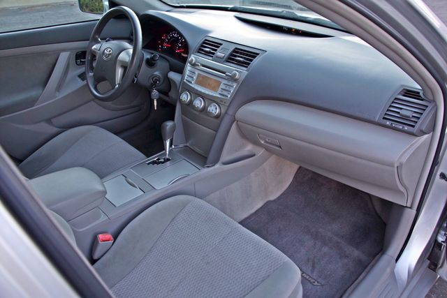 2010 Toyota CAMRY LE AUTOMATIC ONLY 44K  MLS CRUISE CONTROL SERVICE RECORDS Woodland Hills, CA 27