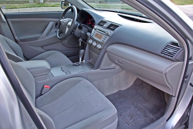 2010 Toyota CAMRY LE AUTOMATIC ONLY 44K  MLS CRUISE CONTROL SERVICE RECORDS Woodland Hills, CA 28