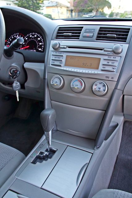 2010 Toyota CAMRY LE AUTOMATIC ONLY 44K  MLS CRUISE CONTROL SERVICE RECORDS Woodland Hills, CA 22