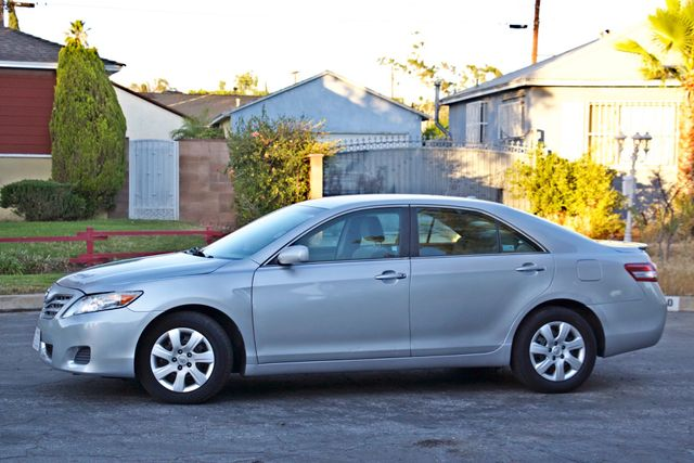 2010 Toyota CAMRY LE AUTOMATIC ONLY 44K  MLS CRUISE CONTROL SERVICE RECORDS Woodland Hills, CA 4