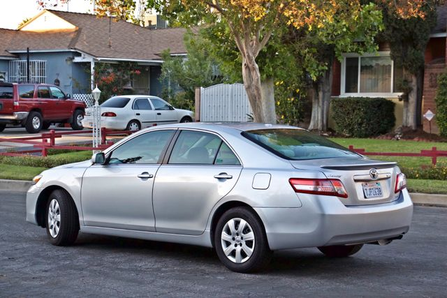 2010 Toyota CAMRY LE AUTOMATIC ONLY 44K  MLS CRUISE CONTROL SERVICE RECORDS Woodland Hills, CA 6