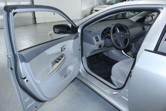 2010 Toyota Corolla LE Kensington, Maryland 13