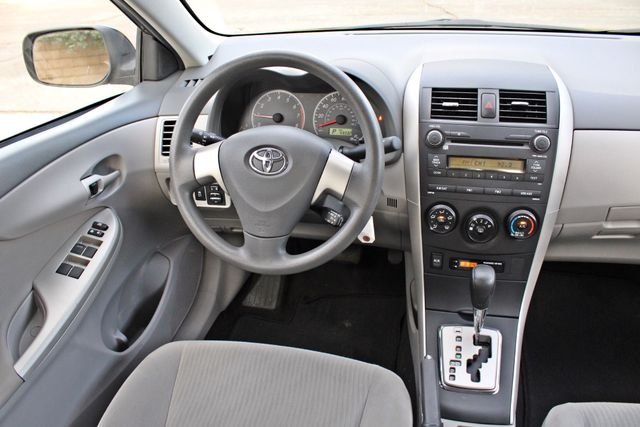 2010 Toyota COROLLA LE 1-OWNER 43K MLS SERVICE RECORDS NEW TIRES CRUISE CONTROL POWER WINDOWS Woodland Hills, CA 19