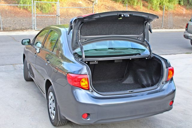2010 Toyota COROLLA LE 1-OWNER 43K MLS SERVICE RECORDS NEW TIRES CRUISE CONTROL POWER WINDOWS Woodland Hills, CA 11