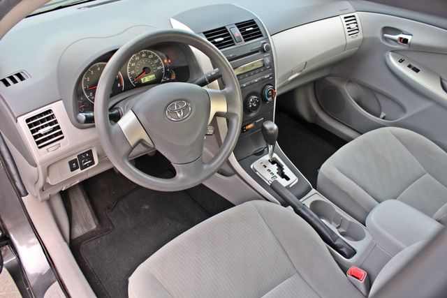 2010 Toyota COROLLA LE 1-OWNER 43K MLS SERVICE RECORDS NEW TIRES CRUISE CONTROL POWER WINDOWS Woodland Hills, CA 13