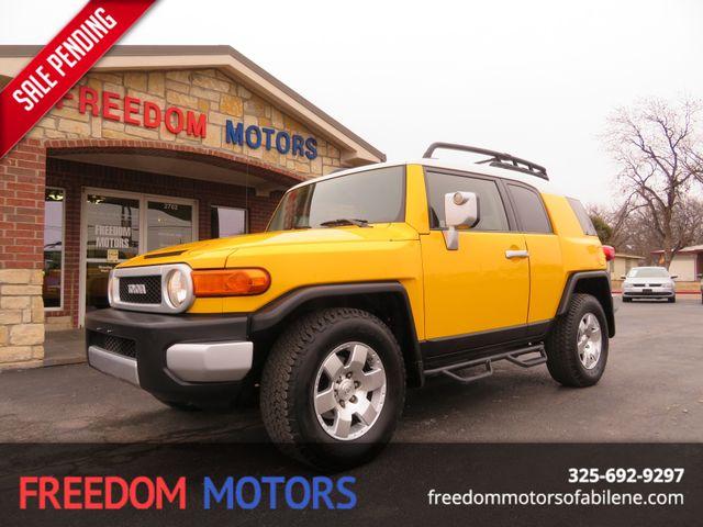 2010 Toyota FJ Cruiser  | Abilene, Texas | Freedom Motors  in Abilene Texas