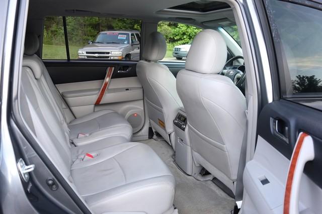 2010 Toyota Highlander Limited Mooresville, North Carolina 22