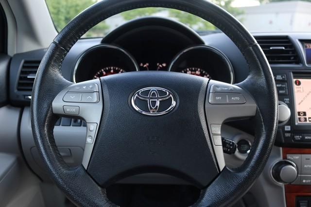 2010 Toyota Highlander Limited Mooresville, North Carolina 28