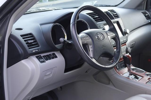 2010 Toyota Highlander Limited Mooresville, North Carolina 8